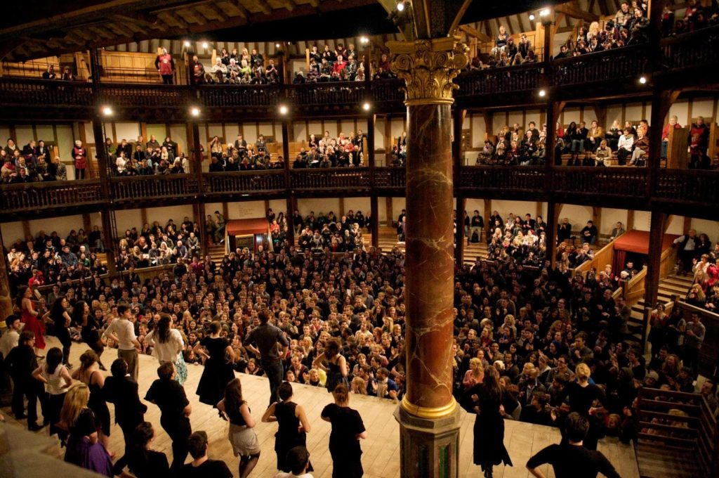 an introduction to the audience of the shakespearean theater Although shakespeare's plays were performed at other venues during his career, the globe theatre in the southwark district of london was the venue at which shakespeare's best known stage.